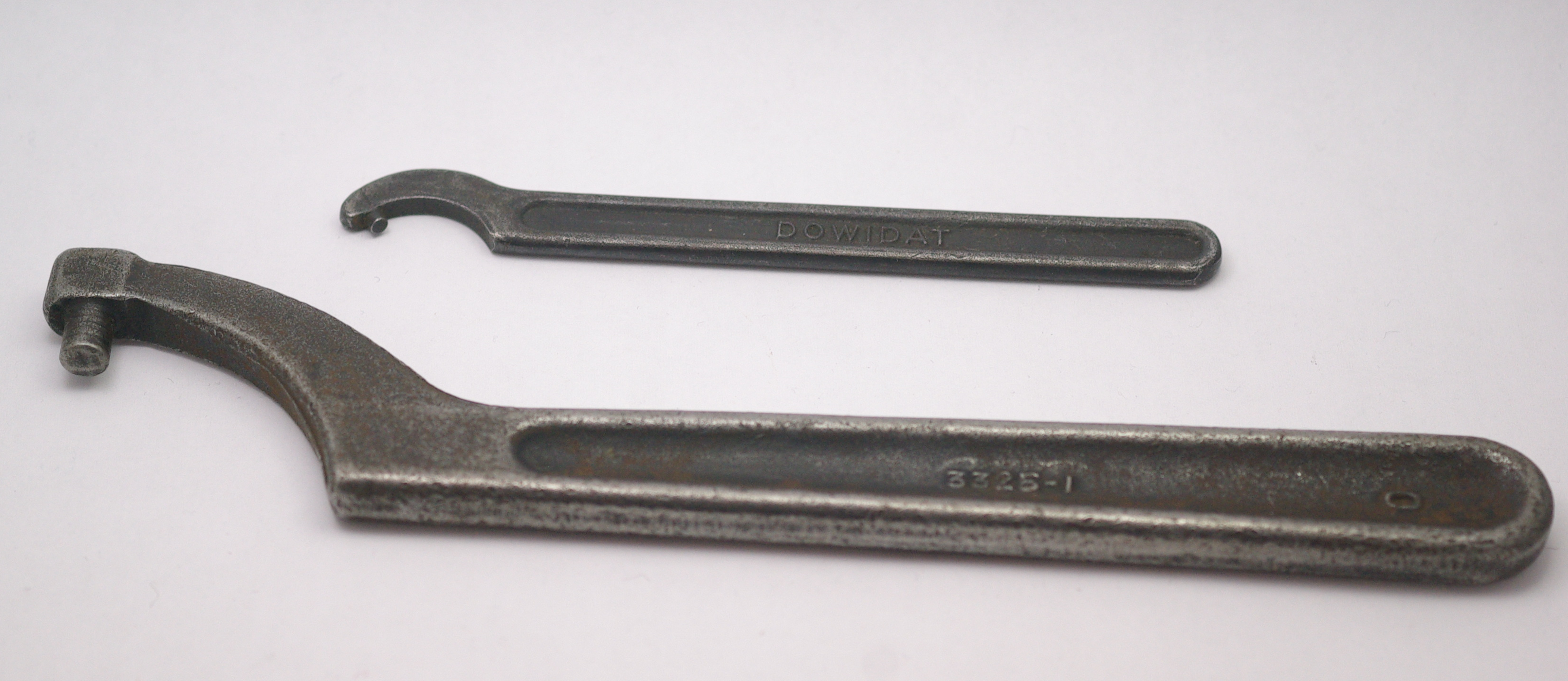 What Is a Pin Wrench?