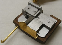 image link-to-nelson-atf2014-molds-1334-steel-with-brass-mouthpiece-sf0.jpg