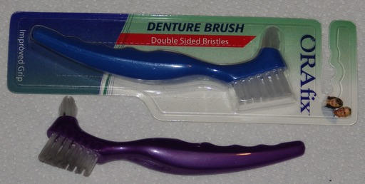 image link-to-2013-01-15-0174-denture-brushes-sf0.jpg
